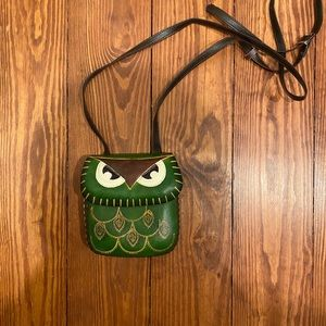 Small green owl leather purse